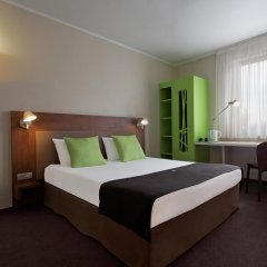 Hotel Campanile WROCLAW - Stare Miasto 2* Стандартный номер с различными типами кроватей фото 2
