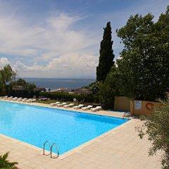 Отель Grecs Испания, Курорт Росес - отзывы, цены и фото номеров - забронировать отель Grecs онлайн бассейн