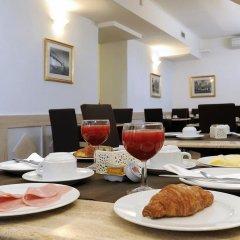 Hotel La Riva питание