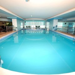 Отель Al Bustan Tower Hotel Suites ОАЭ, Шарджа - отзывы, цены и фото номеров - забронировать отель Al Bustan Tower Hotel Suites онлайн бассейн