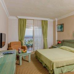 Отель Holiday Park Resort Окурджалар комната для гостей