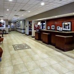 Отель Hampton Inn & Suites Staten Island США, Нью-Йорк - отзывы, цены и фото номеров - забронировать отель Hampton Inn & Suites Staten Island онлайн интерьер отеля фото 2