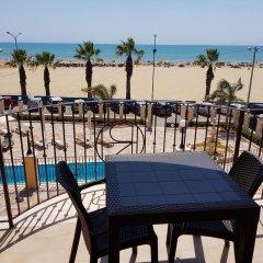 Отель Riviera Palace Италия, Порт-Эмпедокле - отзывы, цены и фото номеров - забронировать отель Riviera Palace онлайн балкон