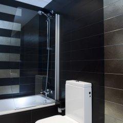 Отель Home To Home Барселона ванная