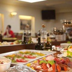 Отель Kobza Haus Польша, Гданьск - 1 отзыв об отеле, цены и фото номеров - забронировать отель Kobza Haus онлайн питание