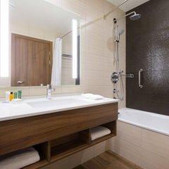 Гостиница Хилтон Гарден Инн Оренбург в Оренбурге 6 отзывов об отеле, цены и фото номеров - забронировать гостиницу Хилтон Гарден Инн Оренбург онлайн ванная фото 2