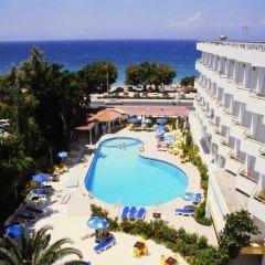 Lito Hotel бассейн