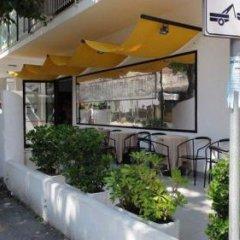 Hotel Augustus Гаттео-а-Маре гостиничный бар