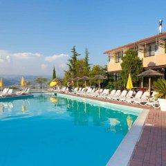 Hotel Centro Turistico Gardesano бассейн