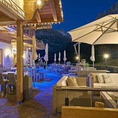 Отель Aspen Alpine Lifestyle Hotel Швейцария, Гриндельвальд - отзывы, цены и фото номеров - забронировать отель Aspen Alpine Lifestyle Hotel онлайн бассейн фото 3