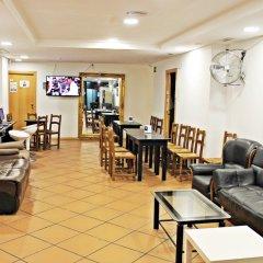 Galaxy Star Hostel Barcelona гостиничный бар