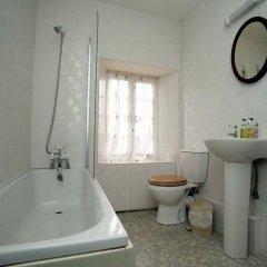 Отель Brimpts Farm ванная