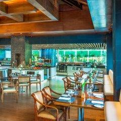 Отель The Laguna, a Luxury Collection Resort & Spa, Nusa Dua, Bali питание фото 3