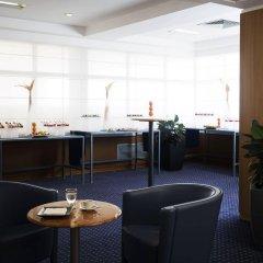 Отель Hilton Rome Airport интерьер отеля фото 3
