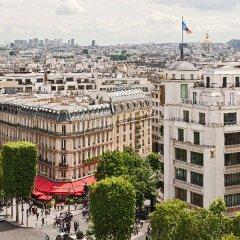 Отель Hôtel Barrière Le Fouquet's спортивное сооружение