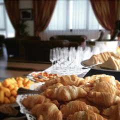 Отель Residence Eurhotel Монтезильвано питание