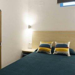 Отель TAKE Hostel Conil Испания, Кониль-де-ла-Фронтера - отзывы, цены и фото номеров - забронировать отель TAKE Hostel Conil онлайн комната для гостей фото 4
