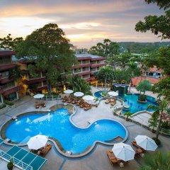 Отель Chanalai Flora Resort, Kata Beach бассейн