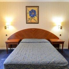 Отель Imperial Paris Париж сейф в номере