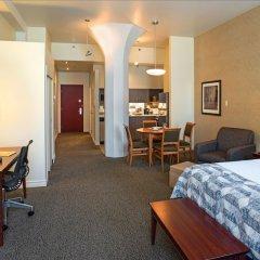 Отель Le Square Phillips Hotel And Suites Канада, Монреаль - отзывы, цены и фото номеров - забронировать отель Le Square Phillips Hotel And Suites онлайн удобства в номере фото 2