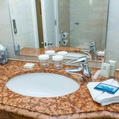 Отель Hilton London Metropole ванная фото 2