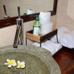 Отель Viet House Homestay Вьетнам, Хойан - отзывы, цены и фото номеров - забронировать отель Viet House Homestay онлайн ванная
