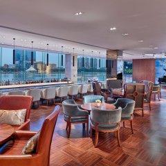White Swan Hotel гостиничный бар