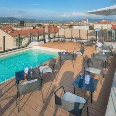 Отель NH Firenze Италия, Флоренция - 1 отзыв об отеле, цены и фото номеров - забронировать отель NH Firenze онлайн бассейн фото 2