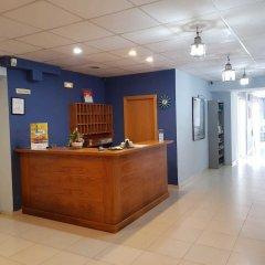 Отель Sant Jordi Испания, Калафель - отзывы, цены и фото номеров - забронировать отель Sant Jordi онлайн интерьер отеля фото 3