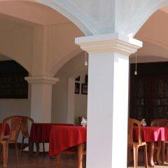 Отель Avon Hikkaduwa Guest House Шри-Ланка, Хиккадува - отзывы, цены и фото номеров - забронировать отель Avon Hikkaduwa Guest House онлайн комната для гостей фото 2