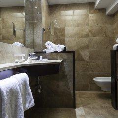 Отель Acta Atrium Palace ванная фото 2