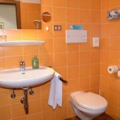 Отель Angerburg Blumenhotel Аппиано-сулла-Страда-дель-Вино ванная