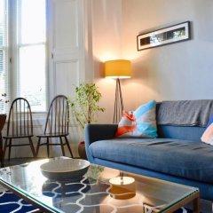 Отель Modern 1 Bedroom Flat in Finsbury Park Великобритания, Лондон - отзывы, цены и фото номеров - забронировать отель Modern 1 Bedroom Flat in Finsbury Park онлайн комната для гостей фото 2