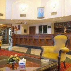 Отель Dana Plaza гостиничный бар
