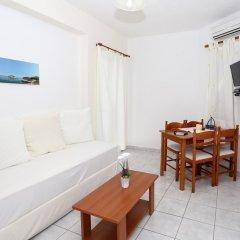 Отель Koukounari Apartments Греция, Агистри - отзывы, цены и фото номеров - забронировать отель Koukounari Apartments онлайн комната для гостей