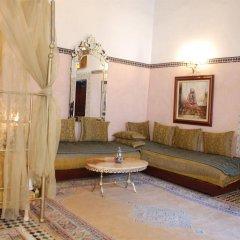 Отель Riad Lalla Zoubida Марокко, Фес - отзывы, цены и фото номеров - забронировать отель Riad Lalla Zoubida онлайн комната для гостей фото 2