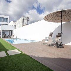 Отель Praia de Santos - Exclusive Guest House Португалия, Понта-Делгада - отзывы, цены и фото номеров - забронировать отель Praia de Santos - Exclusive Guest House онлайн бассейн фото 2