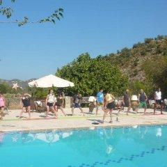 Misafir Evi Турция, Кесилер - отзывы, цены и фото номеров - забронировать отель Misafir Evi онлайн бассейн фото 3