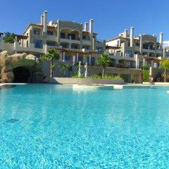 Отель Pestana Pine Hill Residences бассейн