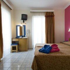 Отель Carolina Греция, Афины - 2 отзыва об отеле, цены и фото номеров - забронировать отель Carolina онлайн комната для гостей фото 9