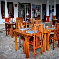 Отель Lucas Memorial Шри-Ланка, Косгода - отзывы, цены и фото номеров - забронировать отель Lucas Memorial онлайн питание фото 2