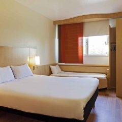 Отель ibis Barcelona Pza Glories 22 Испания, Барселона - 7 отзывов об отеле, цены и фото номеров - забронировать отель ibis Barcelona Pza Glories 22 онлайн комната для гостей фото 4