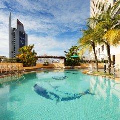 Отель Sunway Hotel Georgetown Penang Малайзия, Пенанг - отзывы, цены и фото номеров - забронировать отель Sunway Hotel Georgetown Penang онлайн бассейн фото 3