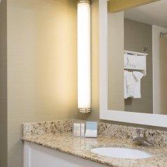 Отель Hampton Inn & Suites Chicago Downtown ванная