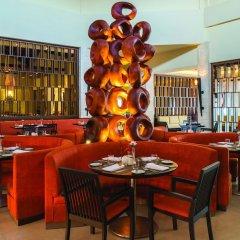 Отель Royalton Punta Cana - All Inclusive Доминикана, Пунта Кана - 1 отзыв об отеле, цены и фото номеров - забронировать отель Royalton Punta Cana - All Inclusive онлайн гостиничный бар