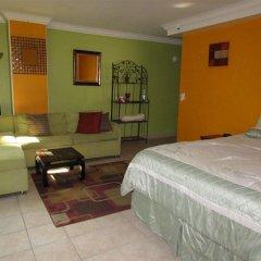 Отель Castle Waikiki Grand Hotel США, Гонолулу - отзывы, цены и фото номеров - забронировать отель Castle Waikiki Grand Hotel онлайн комната для гостей фото 5