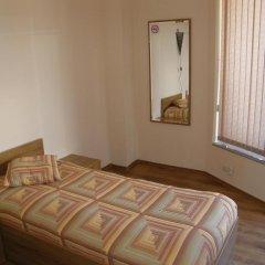 Отель Rodopi Houses Болгария, Чепеларе - отзывы, цены и фото номеров - забронировать отель Rodopi Houses онлайн комната для гостей фото 4