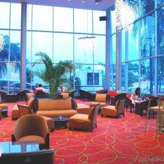 Отель Crowne Plaza San Pedro Sula гостиничный бар