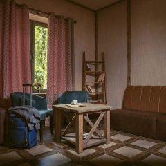 Отель Apricot Aghveran Resort комната для гостей