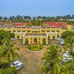 Отель The LaLiT Golf & Spa Resort Goa городской автобус